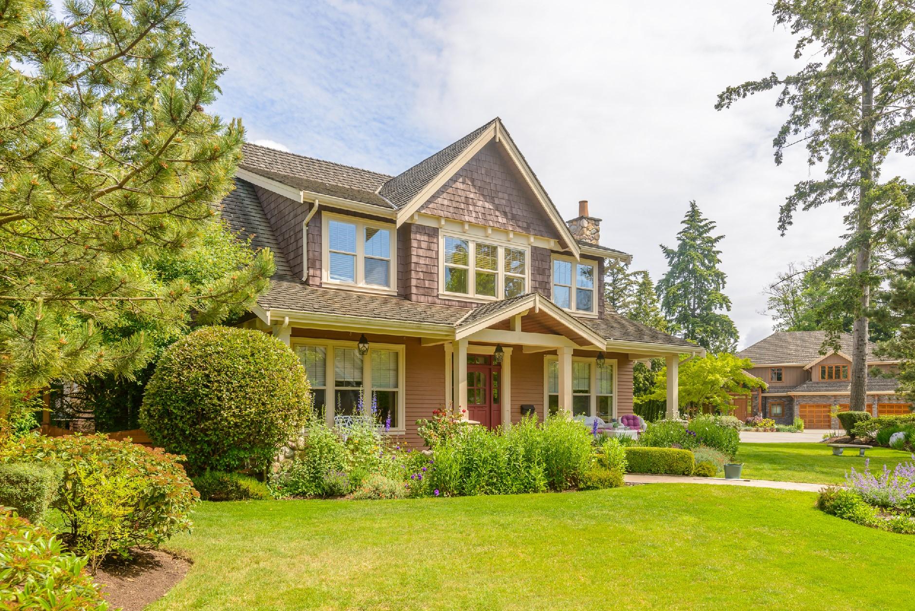 exterior, siding, cedar shakes, shingles, roof, landscaping